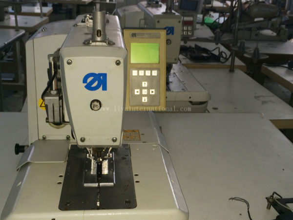 Automatic Button Hole Sewing Machine Durkopp Adler 580