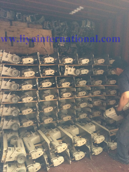Loading sewing machines (22)