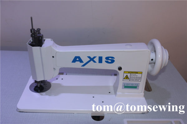 handle operated chain stitch embroidery machine