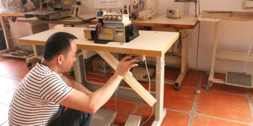 How to Install Industrial Sewing Machine Table Stand
